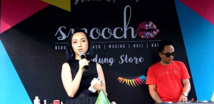 Owner Smooch Beauty Bar, Rani Kiswasto dalam grand opening Smooch.