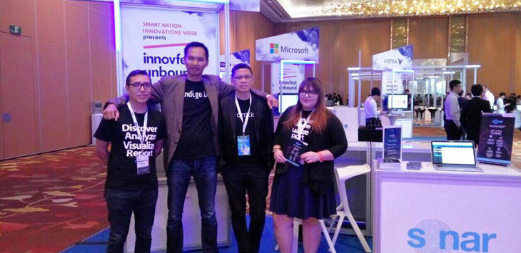 : Head of Marketing & International Channel Indigo.id R. Bayu Hartoko (kedua kiri) bersama pimpinan startup Indigo.id di Innovest Unbound di Singapura, Rabu (3/5/2017). FOTO DOK.INDIGO