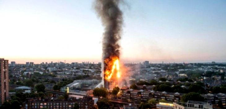 Kebakaran di Grenfell Tower, London. Foto: The Sun