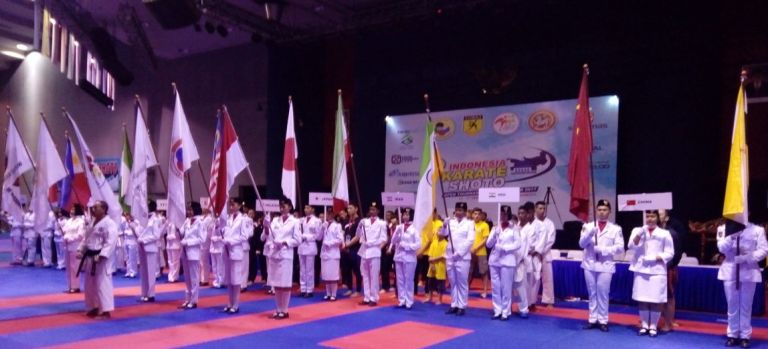 Pembukaan Indonesia Karate Shoto Open Tournament And Seminar 2017 di Sabuga Bandung. Foto: Mur
